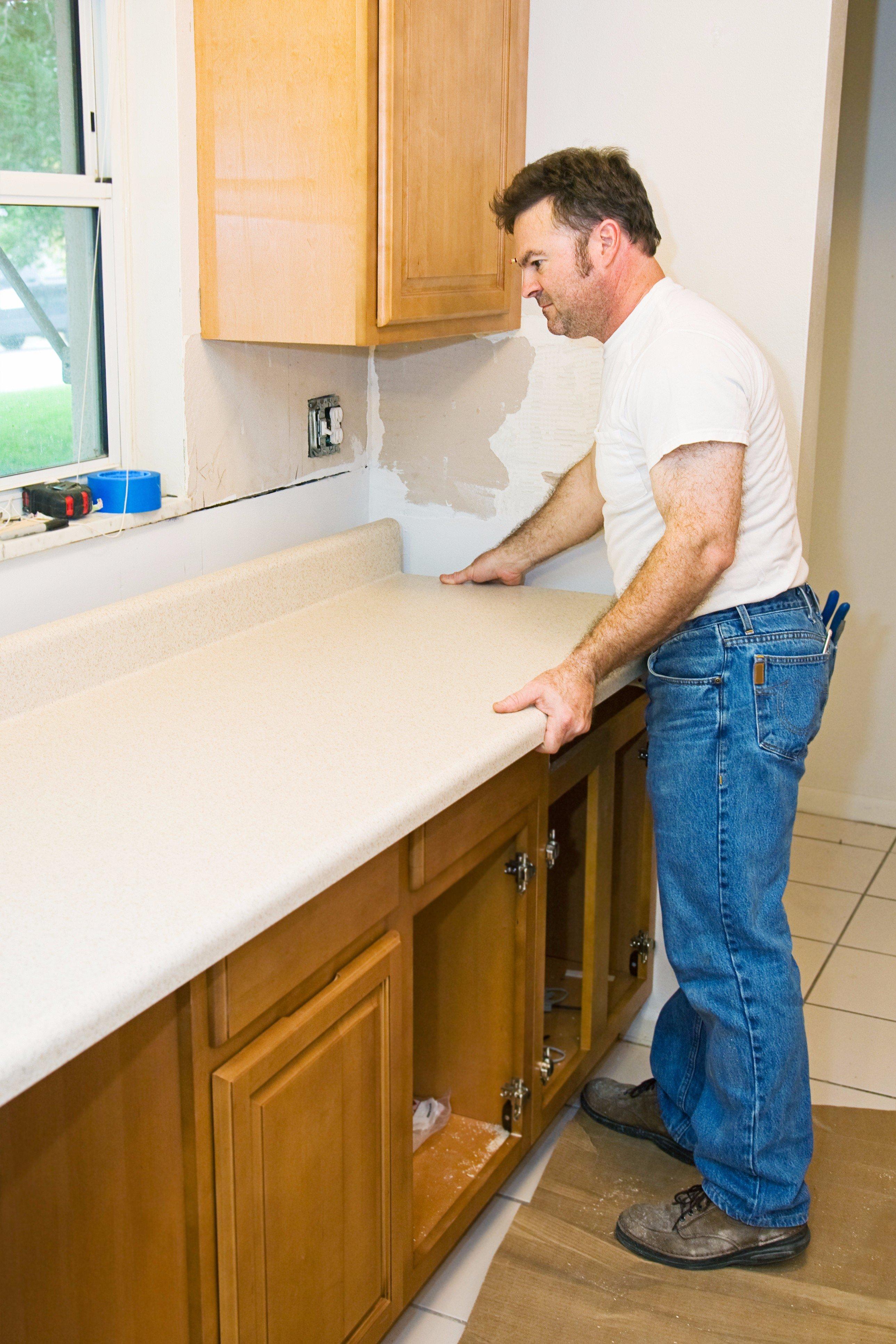 Как установить кухонную мебель своими руками