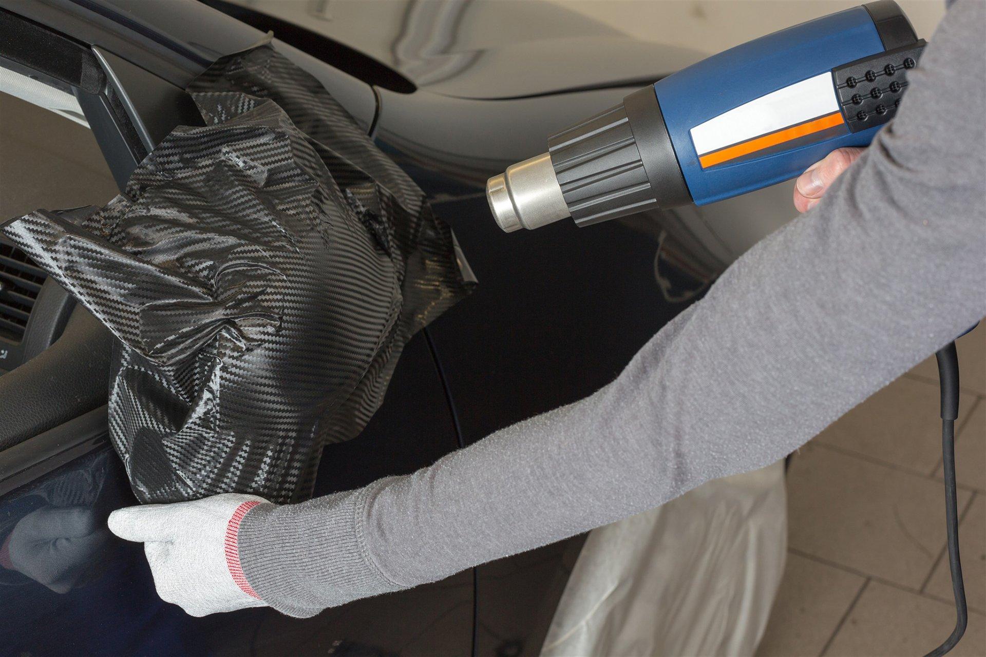 Как клеить карбоновую пленку на авто своими руками