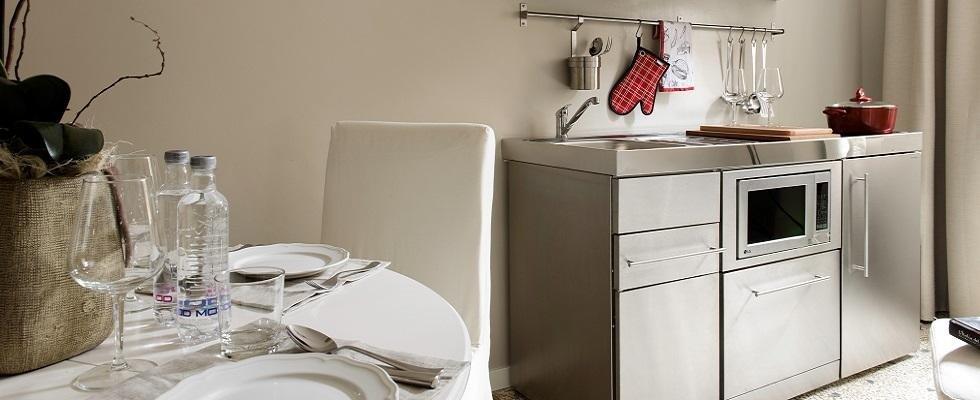 Mini Cucine A Scomparsa Prezzi. Interesting Cucine Monoblocco With ...