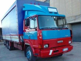 camion con cassone