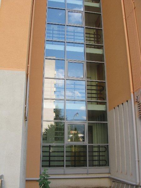 dettaglio del vetro delle finestre
