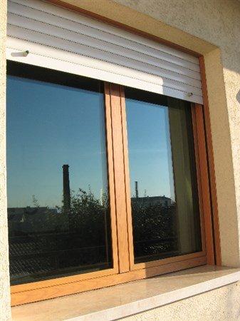 finestra con tapparella