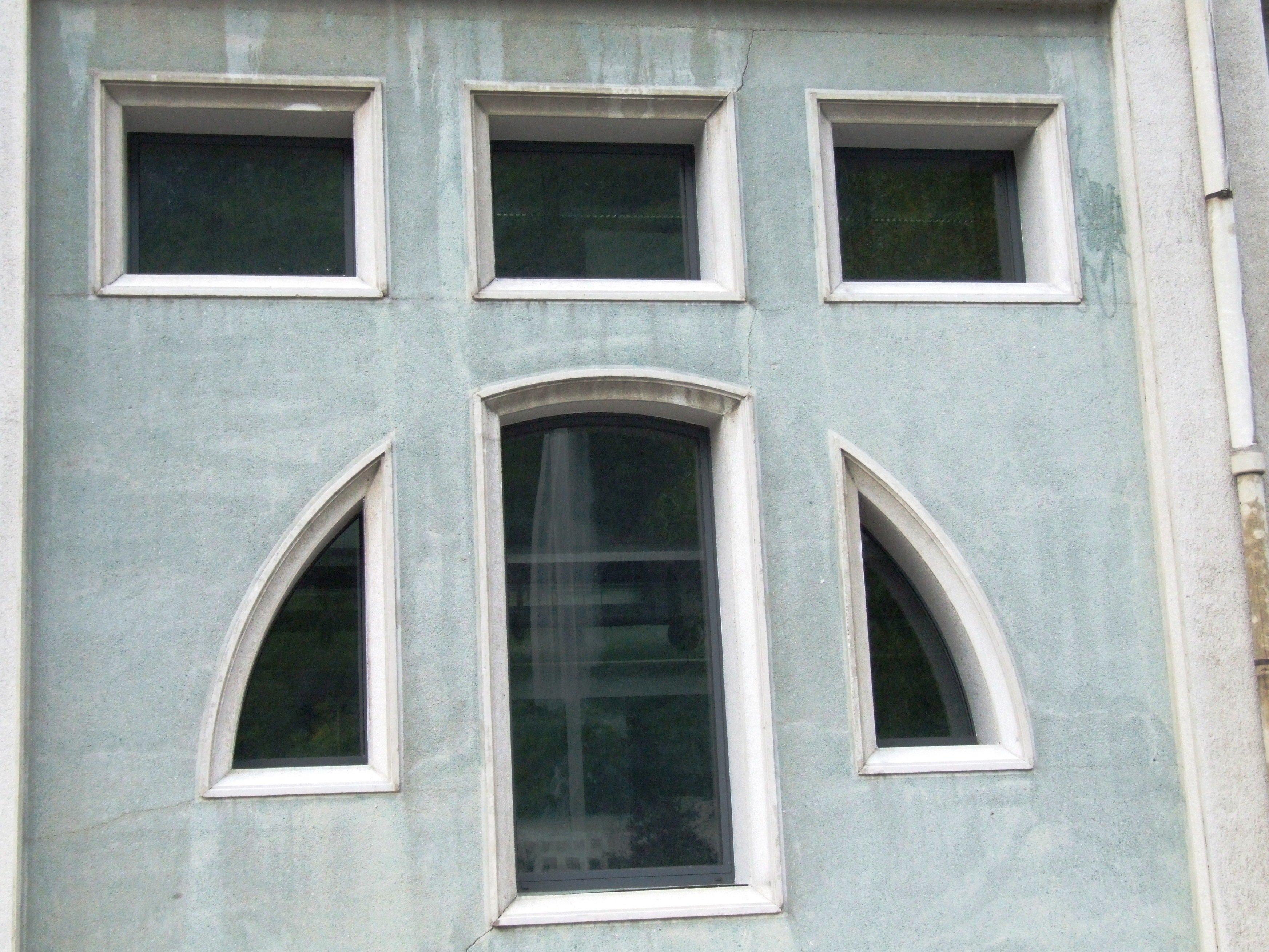 decorazione su facciata