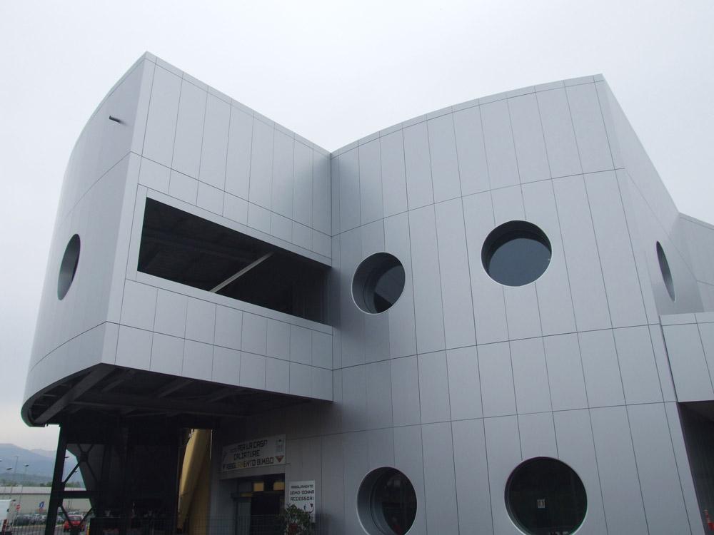 rivestimento facciata di un edificio