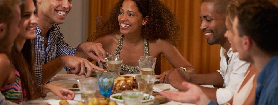 O Chez Maria é um restaurante na Granja Viana ideal para quem precisa almoçar fora todos os dias! Possuímos um cardápio executivo com quatro opções e preços especiais!