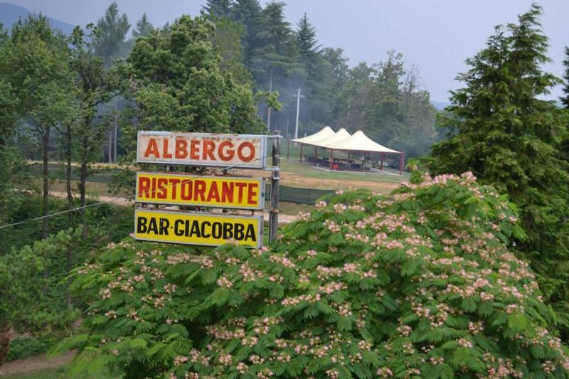 insegna albergo ristorante bar Giacobba