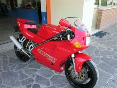 moto rossa