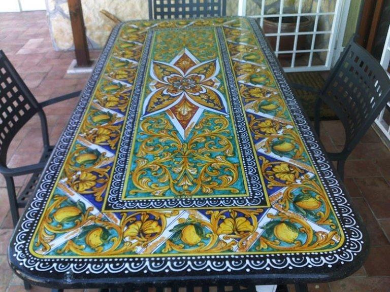 tavoli in pietra lavica ceramizzata
