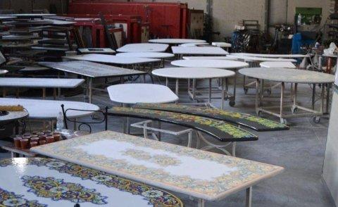 tavoli in pietra lavica da decorare