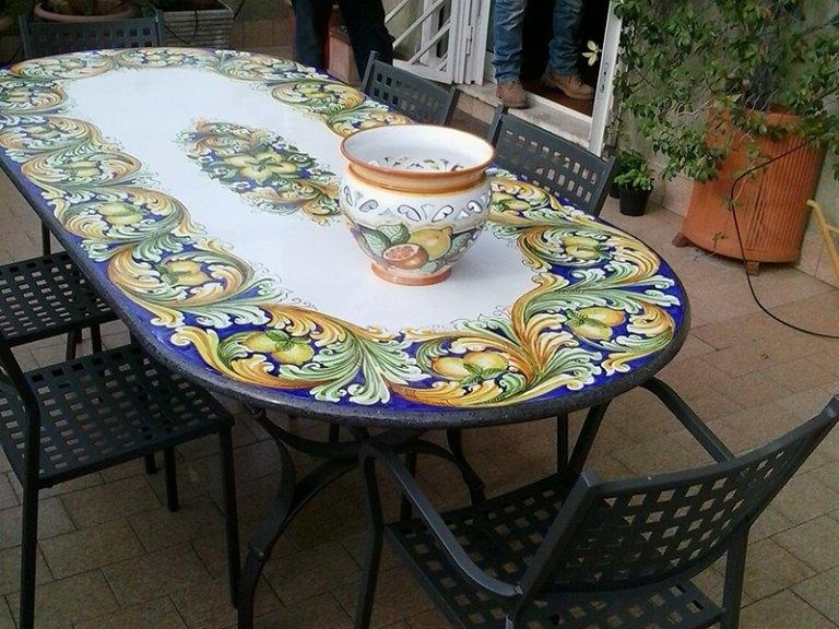tavoli ovali da esterno