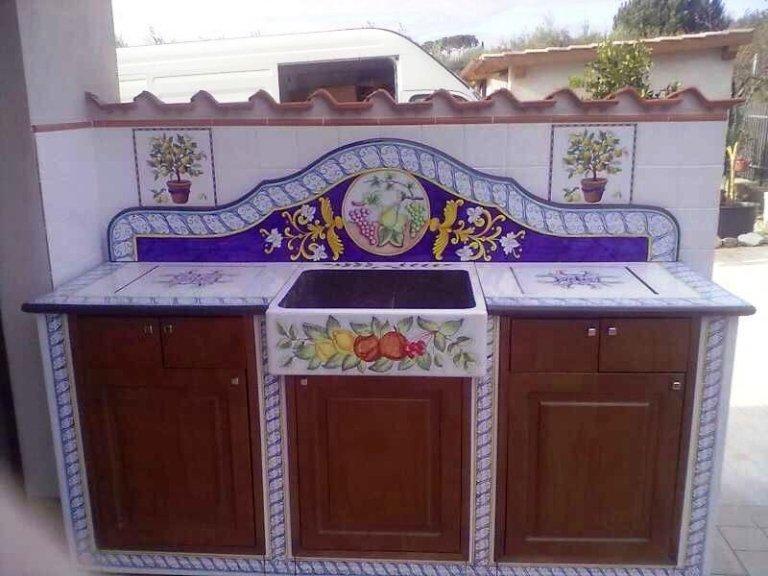 cucina in pietra lavica da esterno