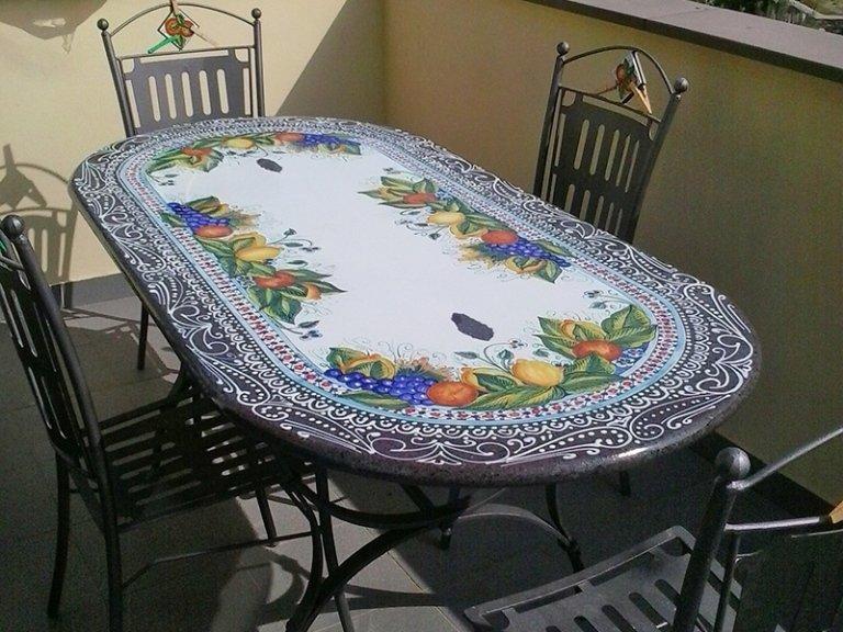 tavolo ovale da esterno