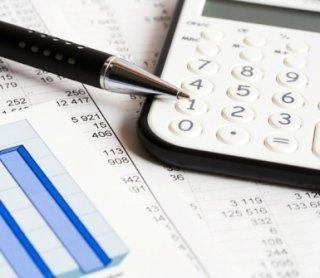 analisi di bilancio, consulenze tributarie, operazioni straordinarie aziende