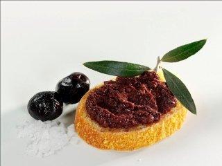 Black olives spread
