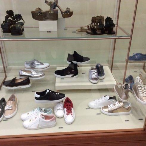 calzature sportive da donna