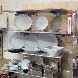 Porcellane e forniture per alberghi
