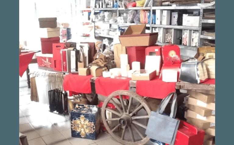 Confezioni regalo anche per Natale