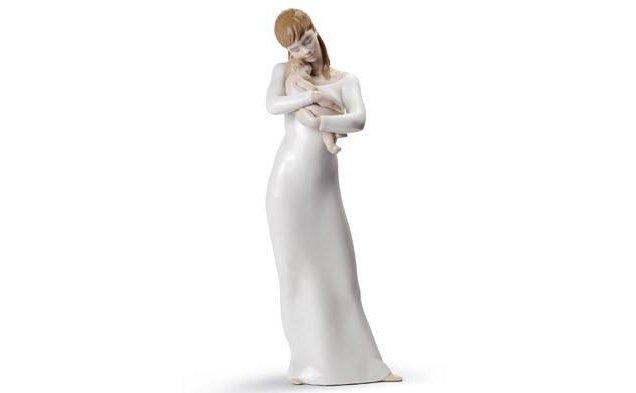 statue in porcellana