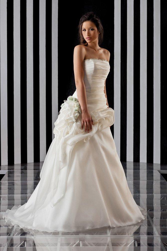 abito da sposa, modello 3