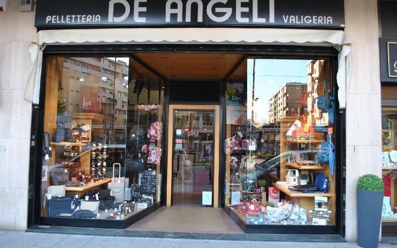 Ingresso negozio Valigeria De Angeli