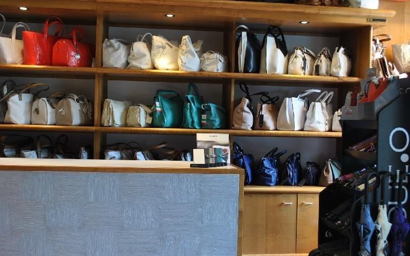 Interno negozio Valigeria De Angeli