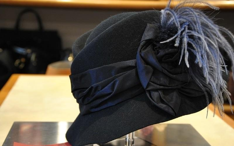 Cappellino nero Valigeria De Angeli