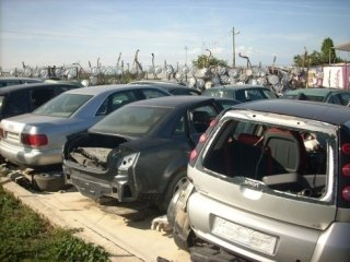 demolizione di autoveicoli, lamieri, autorizzazione della motorizzazione civile