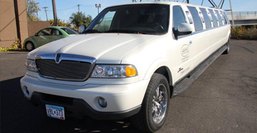 Lincoln Navigator Stretch Limo Rental