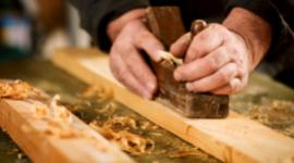 produzione mobili il legno