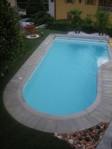Vista piscina dall