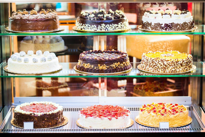 alcune torte in esposizione