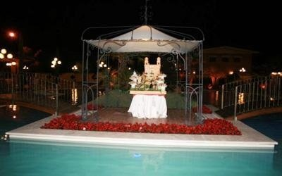 ristorante per matrimoni con piscina
