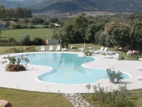 piscina in struttura alberghiera