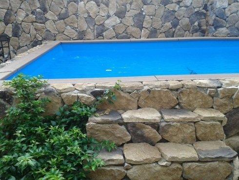 piscina privata a skimmer