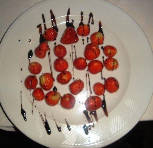 frutta e fragole