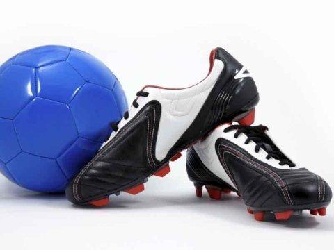 scarpe e accessori per calciatori