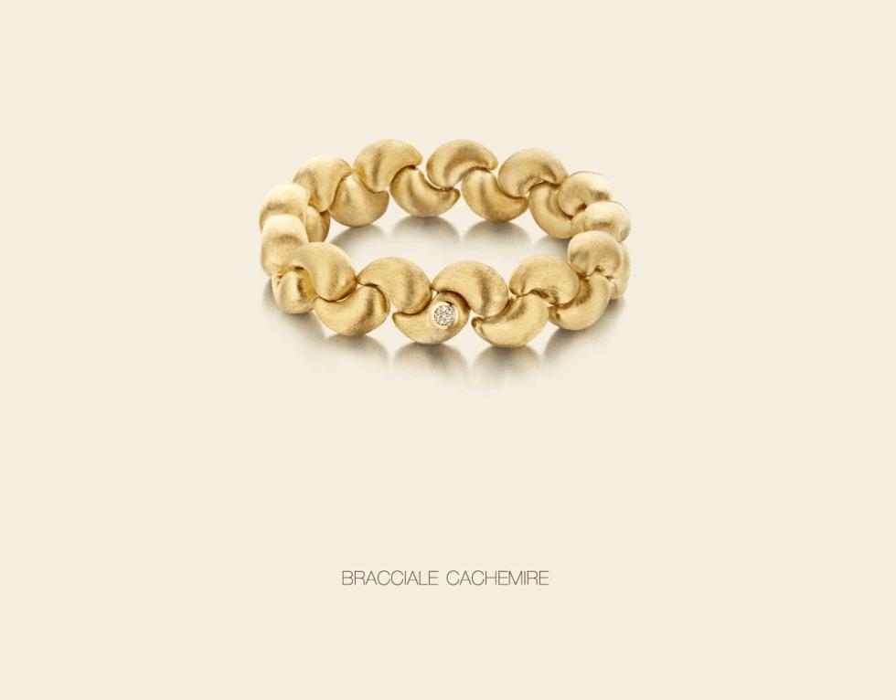 un braccialetto d'oro