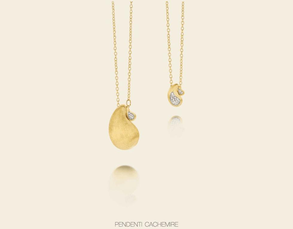 una collana d'oro con degli zirconi
