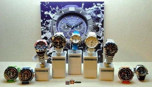 diversi tipi di orologi