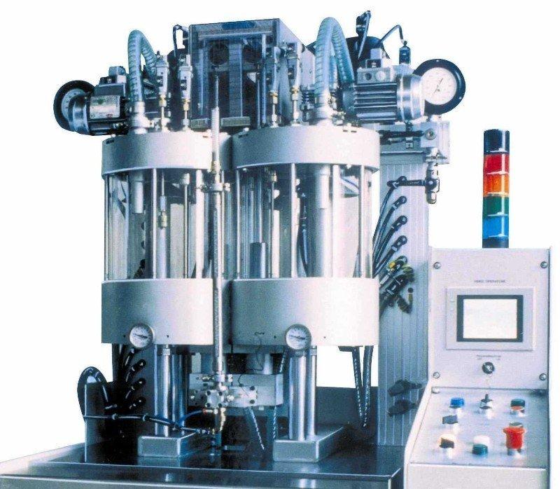 Impianto a due ignettori per trattamento resine Serie 8 si Marty s.n.c.