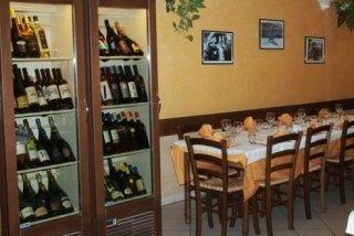 ristorante con vini locali