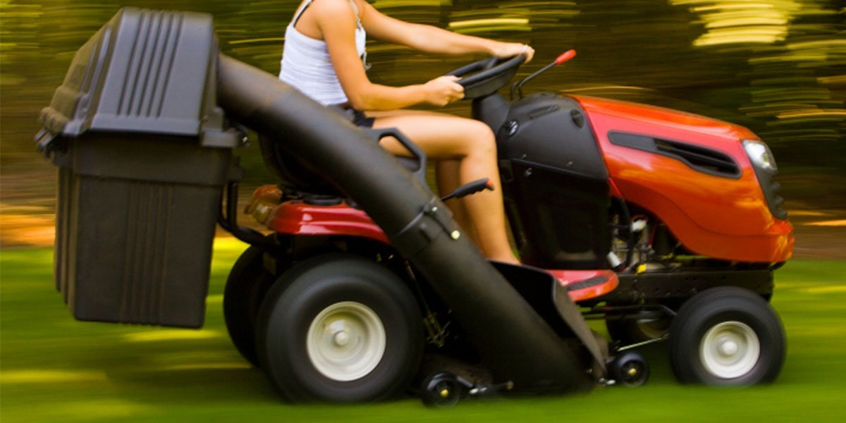 Ride on mowers on the Sunshine Coast