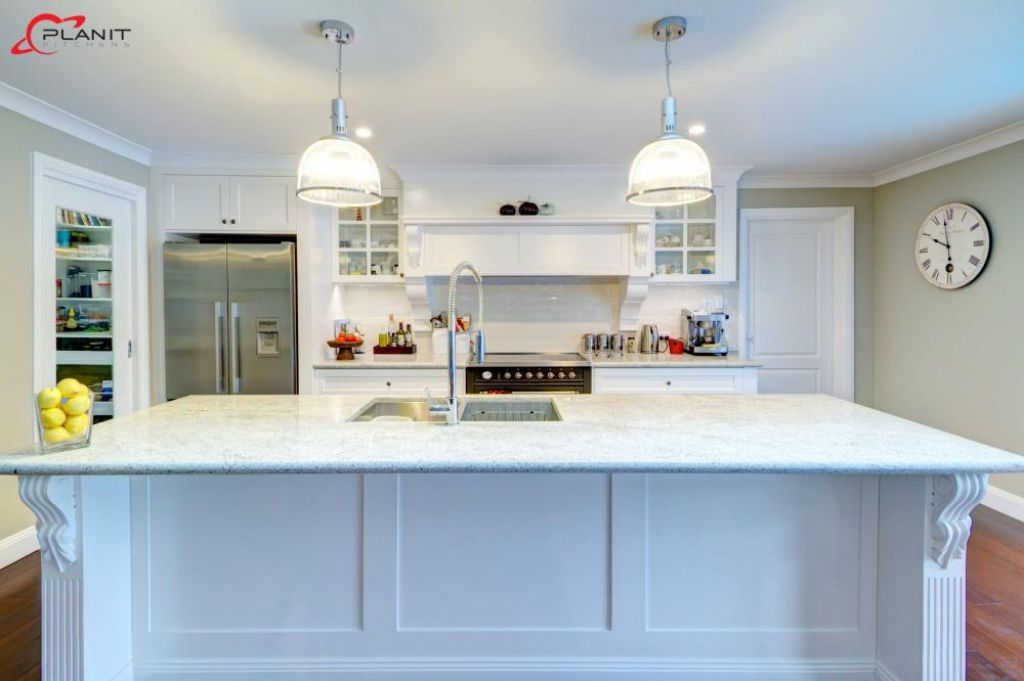 traditional kitchen breakfast bar and downlights