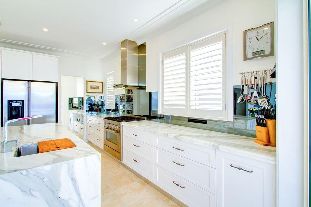 elegant open kitchen
