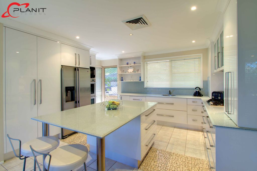 classic kitchen with island and breakfast bar