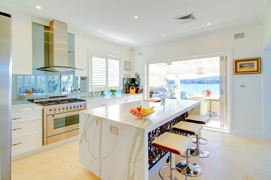 stunning kitchen and outdoor area