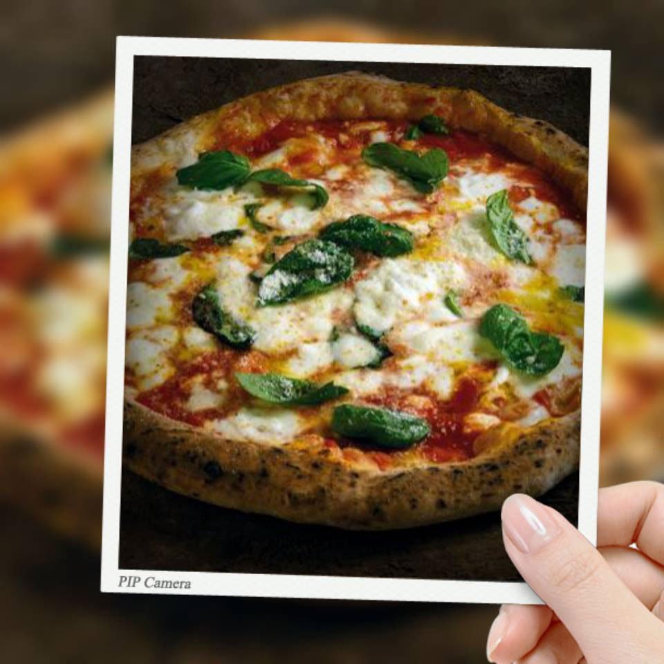 Un pizza margherita