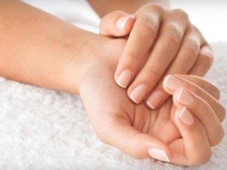 massaggio anti stress sulle mani