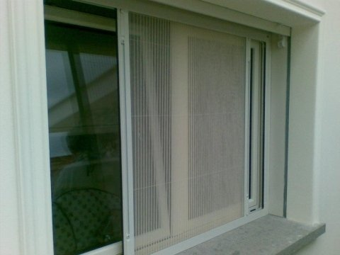 zanzariere per finestre