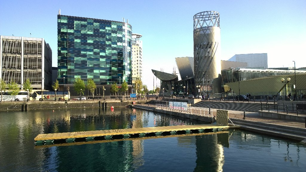 Dock 9 salford quays open water swimming venue uswim - The quays swimming pool timetable ...